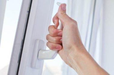Okno źle działa – ciężko je otworzyć, nie uchyla się, niedokładnie domyka