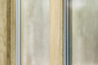 Nowe okleiny drewnopodobne okien PVC