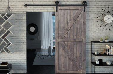 Drewniane drzwi do mieszkania w stylu loft