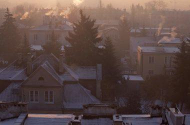Czy smog szkodzi elewacji domu?
