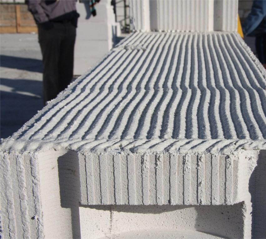 Murowanie z wykorzystaniem zaprawy cienkowarstwowej pozwala zminimalizować powstawanie mostków cieplnych