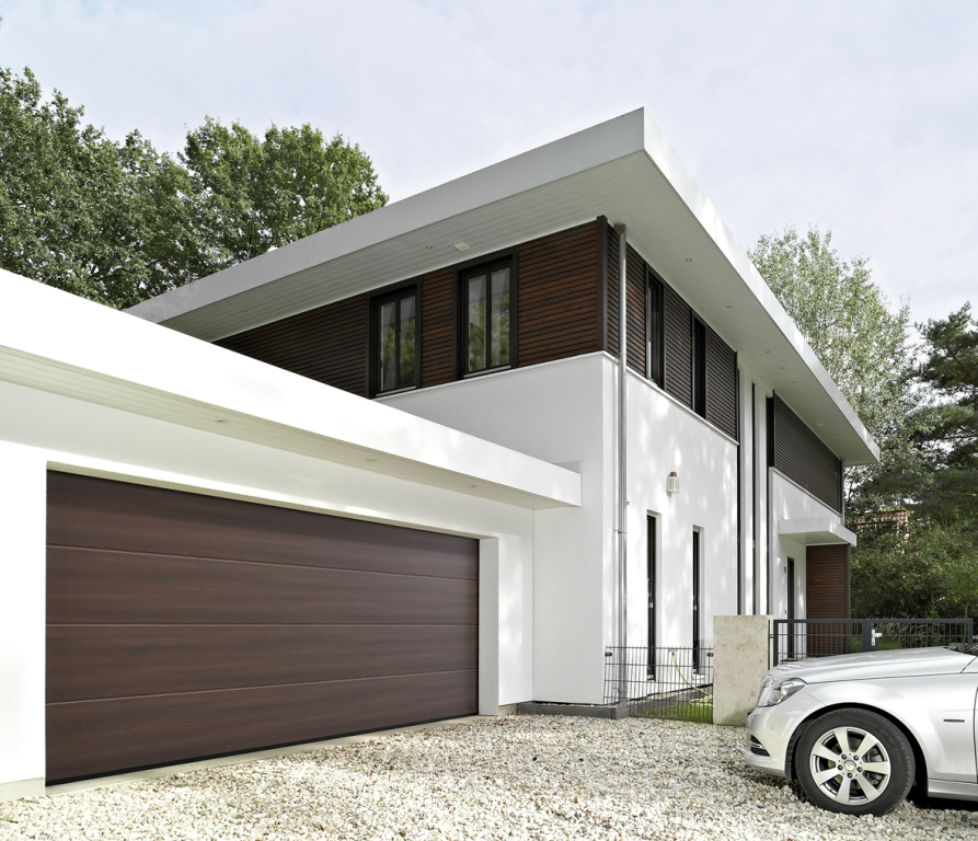 Brama garażowa Duragrain kolor -Sapeli