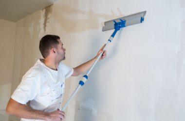 Czym szpachlować ściany i sufity – gładź polimerowa