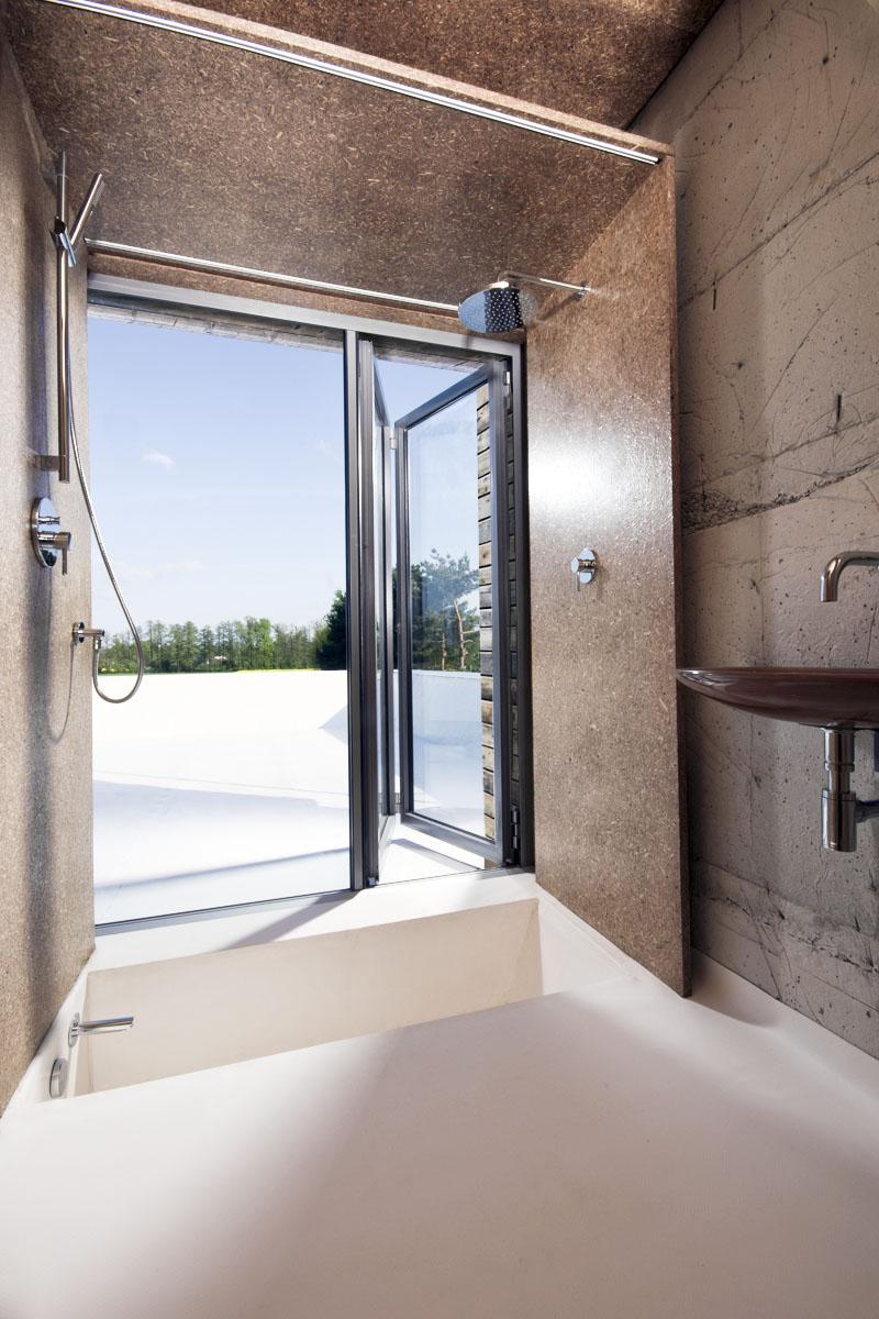 Ściany w łazience z płyty wiórowej PremiumBoard MFP P5