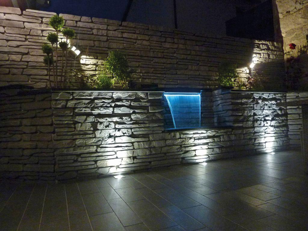 Fontanna z pustaków betonowych Albero