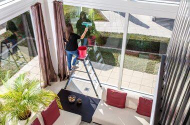 Drabiny do mycia wysokich okien